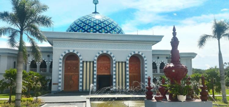 Ornamen Pintu Masjid Agung Praya Lombok Tengah
