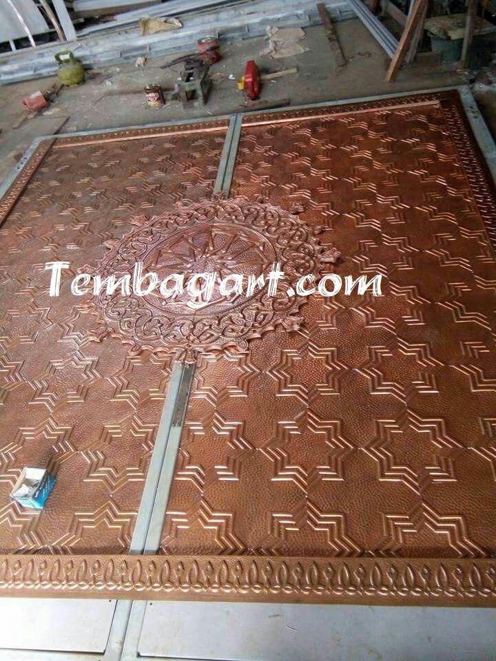 pembuatan pintu masjid ukir tembaga